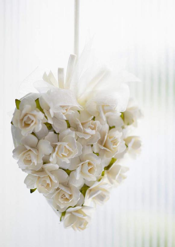 花,花瓣,花朵,鲜花,排列,白色,白玫瑰,花苞,花蕊,温暖,温馨,心形,恩爱