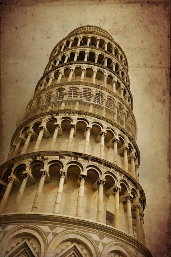 仰视比萨斜塔的手绘图