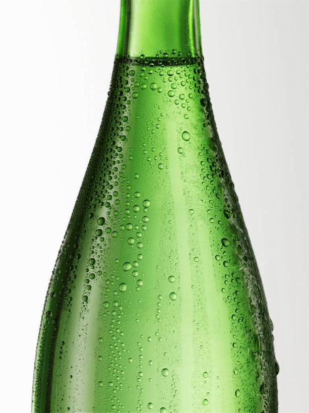 白色背景,正面,水,阴影,反射,液体,影子,水滴,酒类,玻璃制品,酒,酒瓶