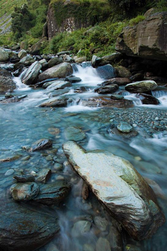 正面,旅游,度假,河流,石头,美景,瀑布,山,山脉,树林,水,植物,印度