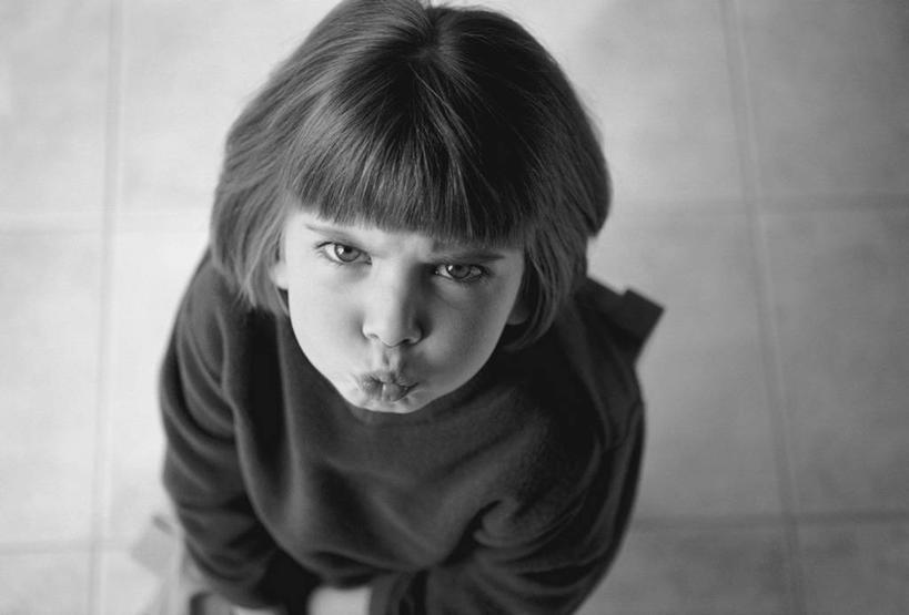生气小孩表情黑白_生气小孩表情黑白分享展示