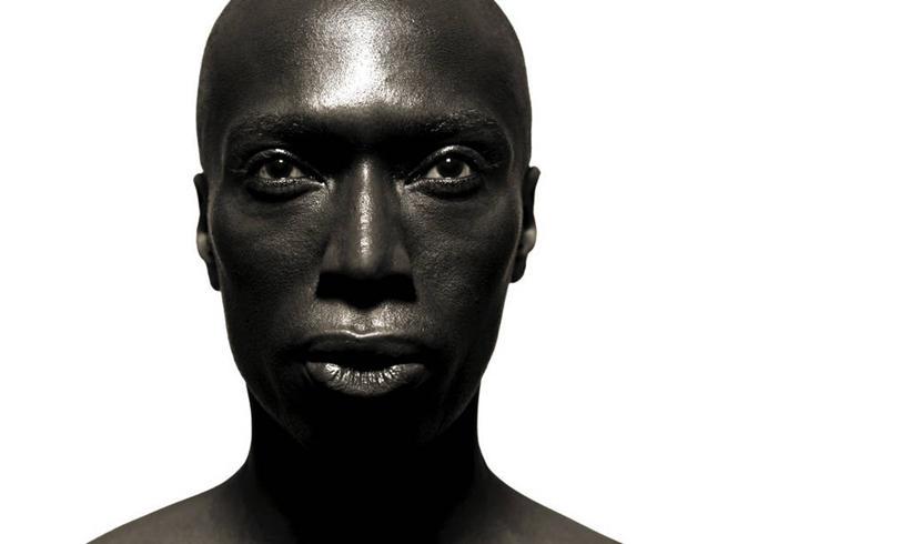 中年男人头像光头