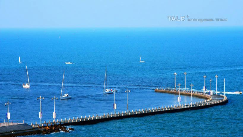 无人,栏杆,横图,俯视,室外,白天,旅游,度假,海浪,海洋,礁石,石头,美景