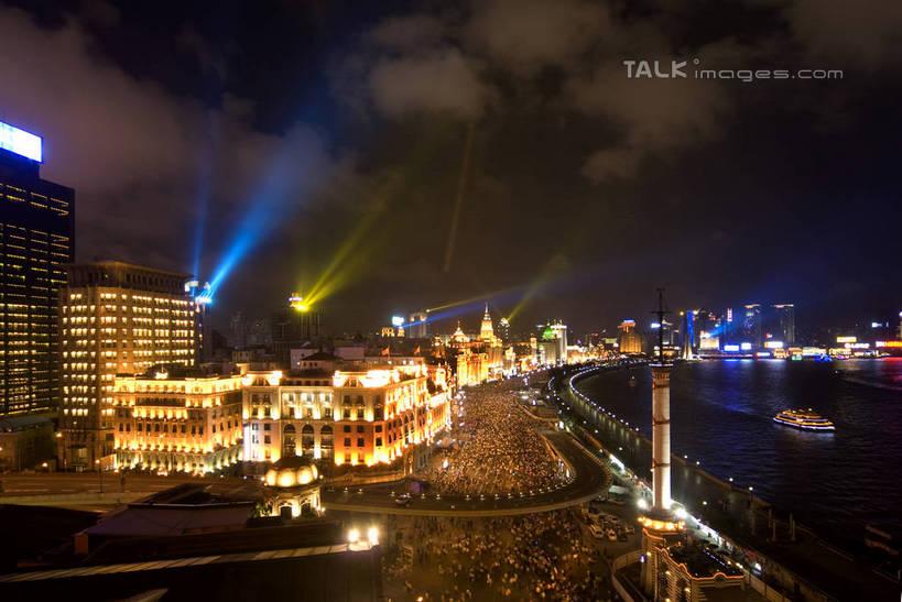 路,路灯,摩天大楼,桥梁,夜景,公路,汽车,照明,上海,中国,亚洲,阴影