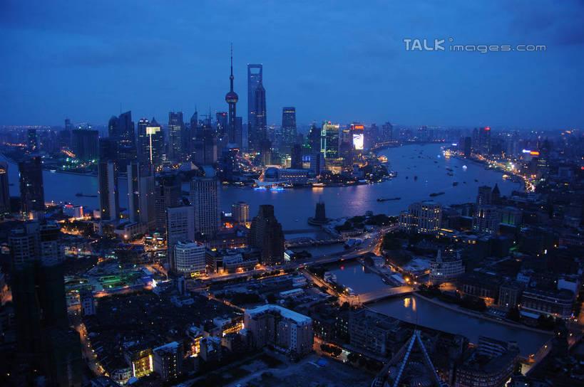 标志建筑,城市,大厦,地标,建筑,摩天大楼,夜景,上海,中国,亚洲,阴影