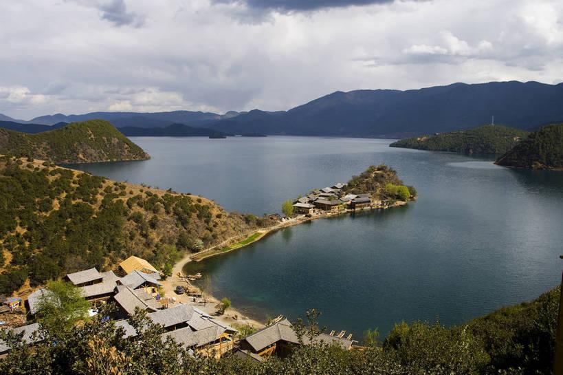远山,中国文化,自然风光,古文明,东亚,泸沽湖,中华人民共和国,旅行