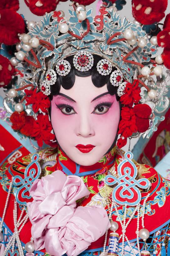 亚洲,仅一个人,表演,艺术,装饰,造型,鲜艳,头饰,图片,注视,文化,脸谱图片